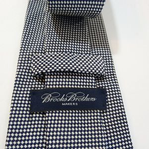 Brooks Brothers Accessories - BROOKS BROTHERS Makers Blue Check Silk Blend Tie